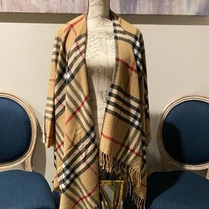 WRAP SCARF TAN/RED/BLACK NWOT